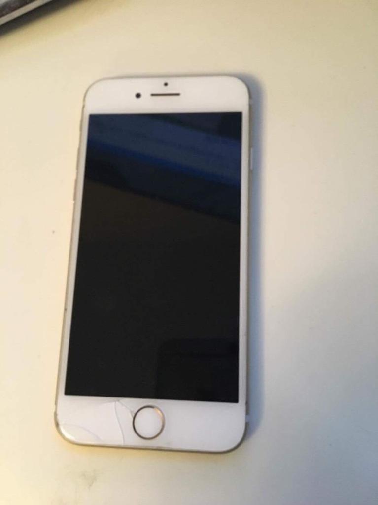 iPhone 7 32gb EE