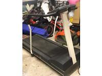 Precor M921si treadmill