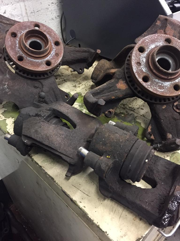 Mk4 Golf front brakes and hubs.