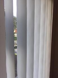Vertical blind 161 x 123 cm