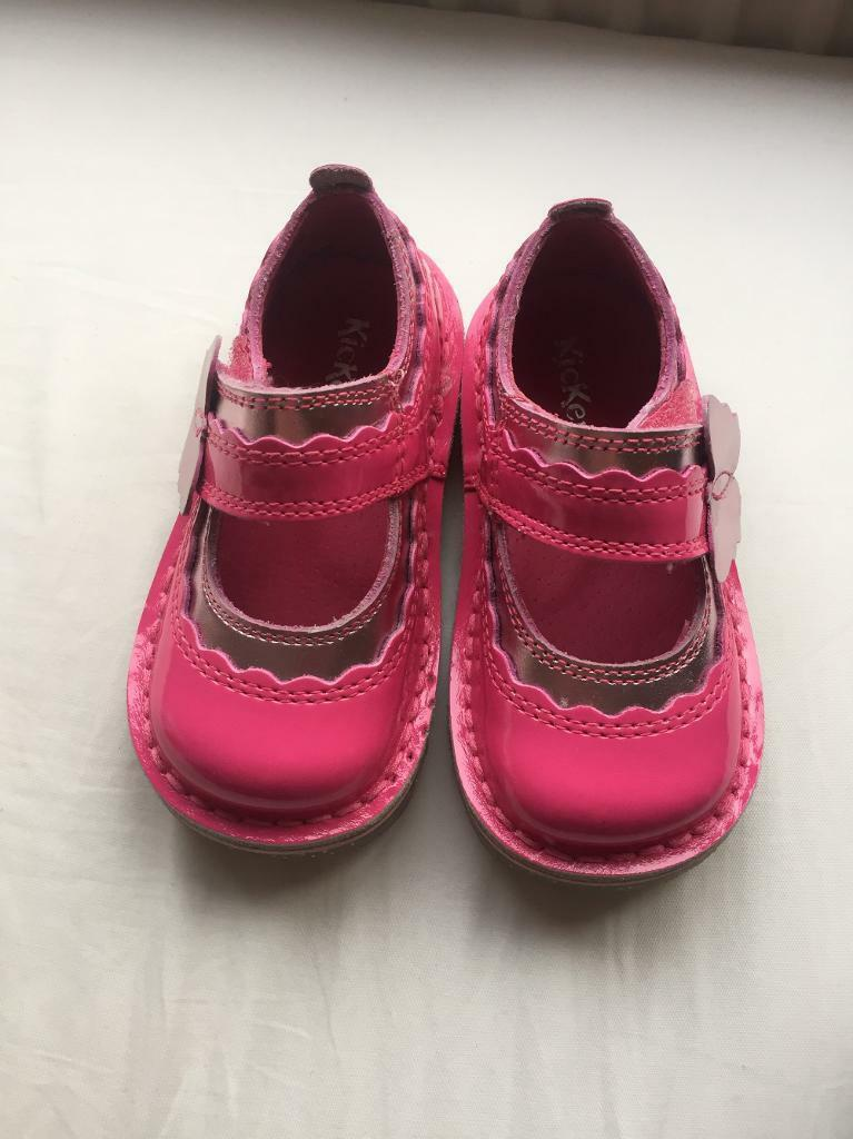 Toddler girls pink Kickers. Size 5/22, worn once perfect condition.