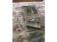 Pair of curtains 66+90 with tie backs