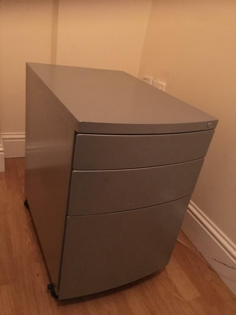 Security drawers/storage filing cabinet