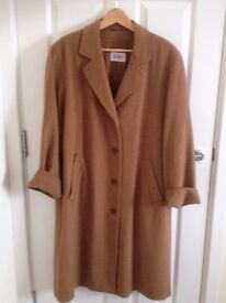 JOBIS Luxury Womens Coat - Brown Camel - Size UK 12 (Will fit size 16/18)