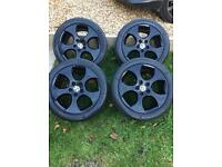 Volkswagen Golf gti alloys 17""