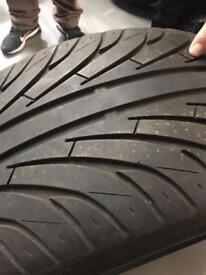205/30ZR/22 tyre
