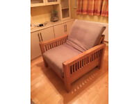 Beautiful solid oak single sofa bed/futon/armchair by Futon company,single bed, excellent condition