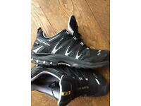 Salomon gortex trail shoes (uk 10)