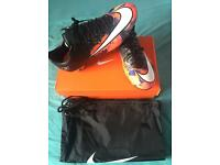 Brand new Nike mercurial vapour football boots size 9