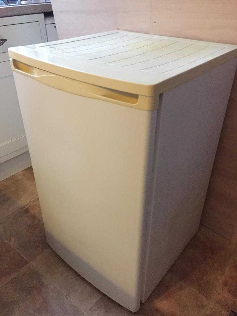 Under counter freezer £45