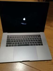 Macbook Pro Touch Bar 2016 15 i7 250 SD 16 GB RAM