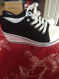 Wedge trainers size 6