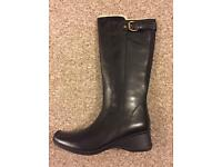Brand New Clarks boots 7.5