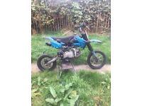 Stomp pit bike 140cc