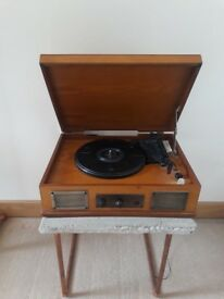 Retro Steepletone Norwich 3-Speed Wooden Record Player