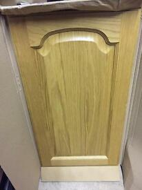 Pair oak cabinet doors 715x400mm
