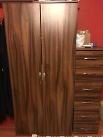 5x Wardrobes and 3x bedside cabinets