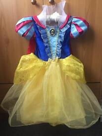 Snow white fancy dress age 3