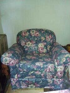 couch loveseat chair Cambridge Kitchener Area image 2