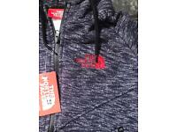 Northface boys tracksuit size6-7 7-8 years