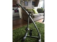 Leg exercise machine