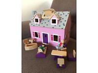 Melissa and Doug dolls house