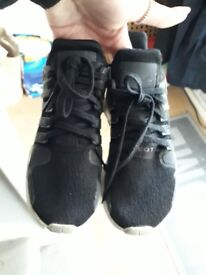 Boys Adidas Nike Trainers shoes size 2/3