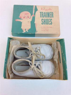 Vintage Sears Honeysuckle Trainer White Leather Baby Shoes & Original Box