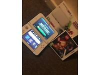 Nintendo 3DS XL White Edition