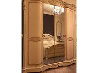 ITALIAN LUXURY BEDROOM SET - WARDROBE, BED, BEDSIDE CABINET, DRESSING TABLE, MIRROR, CHAIR