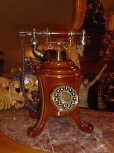 TÉLÉPHONE FONCTIONNEL AU CHOIX