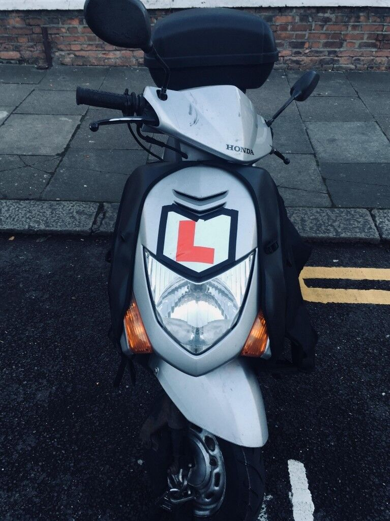 Honda Lead 110cc In Willesden London Gumtree