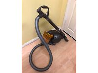 Dyson Ball DC39 Vacuum Cleaner Hoover (Call Me: 07886-722501) Imaculate Condition