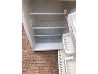 Hotpoint under counter Fridge Lovely condition can deliver