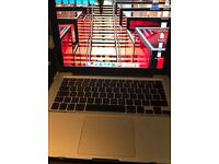 MacBook Pro Excellent Condition