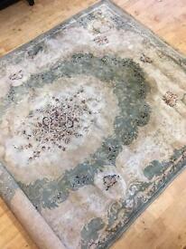 6tt x 4ft carpet for sale.