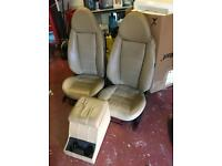 Exmoor Trim Defender Leather Seats & Cubby Box