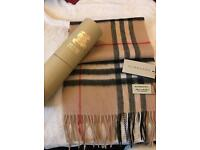 Burberry scarf with box