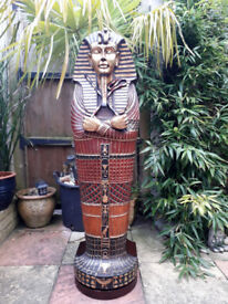 Tutankhamun Egyptian cabinet