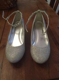 Girls sparkly Monsoon shoes size 4/37