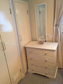 Room to rent in Shared flat INC BILLS