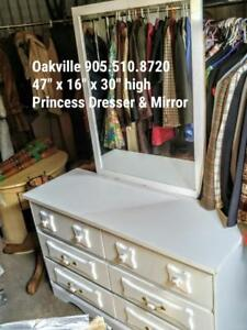 Oakville  White Princess Dresser with Matching Mirror - All wood Vintage Ceramic Knobs Girls Chest of 6 Drawers