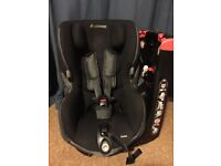 Maxi Cosi Axiss - Black Raven swivel Group 1 Car Seat