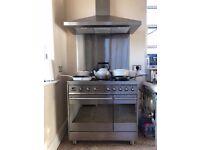 Smeg range cooker with induction hob, hood and splashback - Free delivery