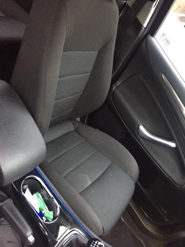 Mondeo mk4 titanium interior