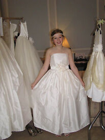 Job lot -New Wedding & Bridesmaid Dresses (adult teen & child inc page) hand made of highest quality