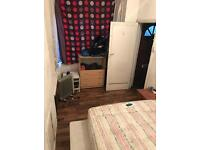 Room to rent £250 bills included. Deposit required