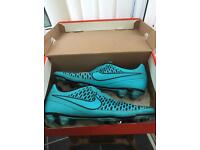 Nike magistas football boots