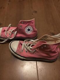 Converse pink size 2