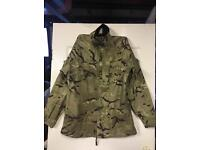British army gortex top and bottoms size large used